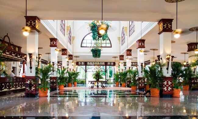 Situado en Punta Cana, República Dominicana, el ClubHotel Riu Bambu (Todo Incluido 24h) es perfecto para vivir intensamente tus vacaciones y estar siempre rodeado de un gran confort en plena naturaleza tropical. ClubHotel Riu Bambu – Hotel en Punta Cana – Hotel en República Dominicana - RIU Hotels & Resorts