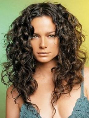 Terrific 1000 Ideas About Long Curly Hairstyles On Pinterest Long Curly Hairstyles For Women Draintrainus