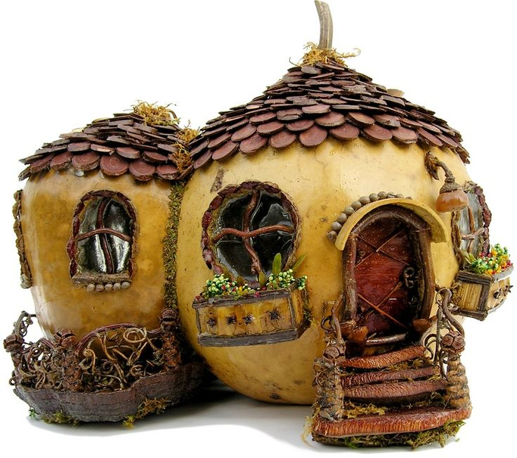 Miniature Fairy Garden Cottage