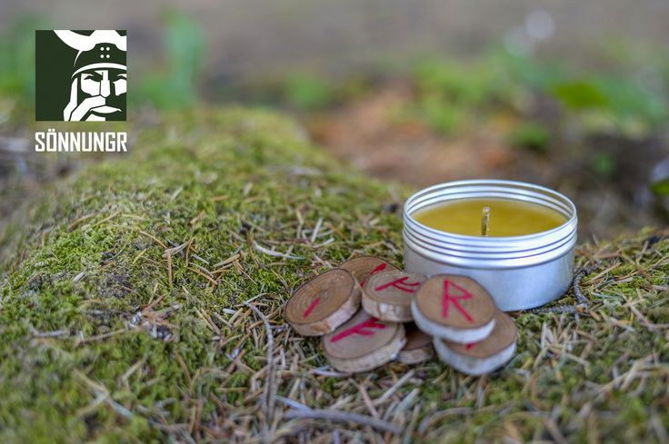 Vǫlukerti: 100% Natural Vǫlva Bees Wax Scented Ritual Candle. 100% Grade #1 bees wax, which will burn longer and cleaner than any other type of wax. Wick is natural jute, without any chemical treatment, or silver element.