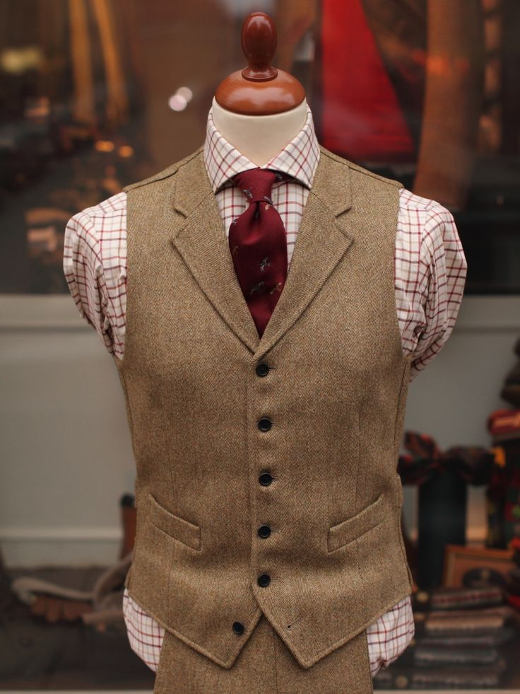 Bladen Lovat HB Tweed Waistcoat. Looks great, want this one.