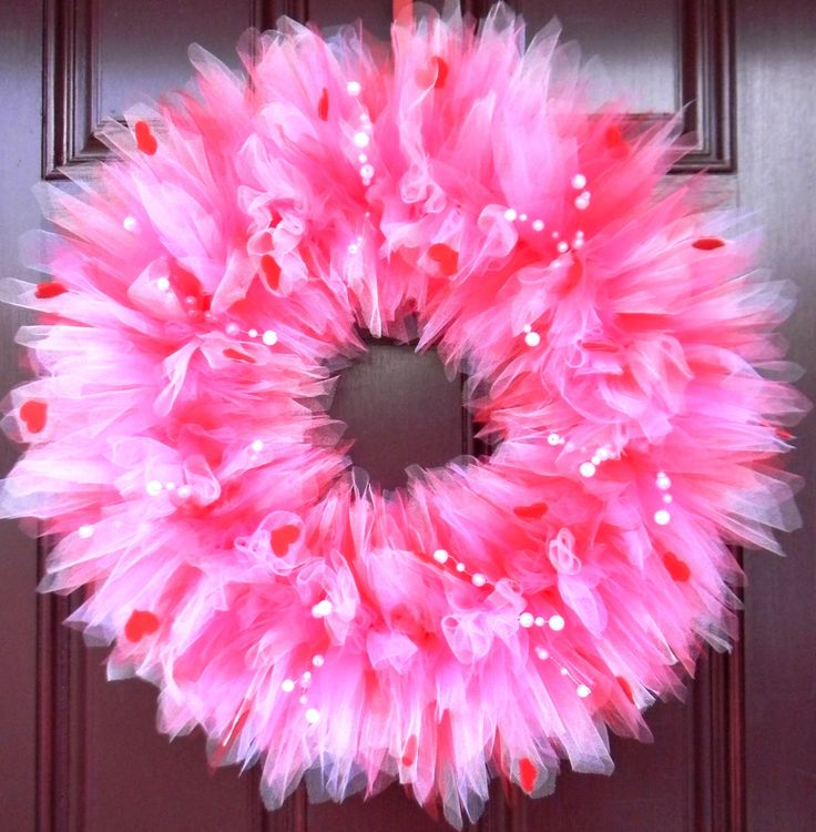 pink valentines day Tulle Wreath.