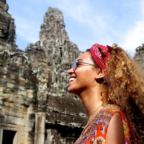 Beyonce, Jay-Z and Blue in Thailand