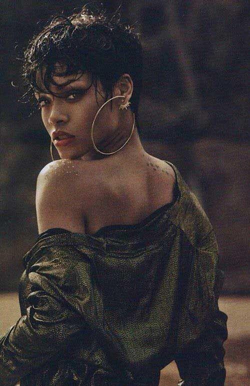 Rihanna Pixie Hair Cut                                                                                                                                                     Mais