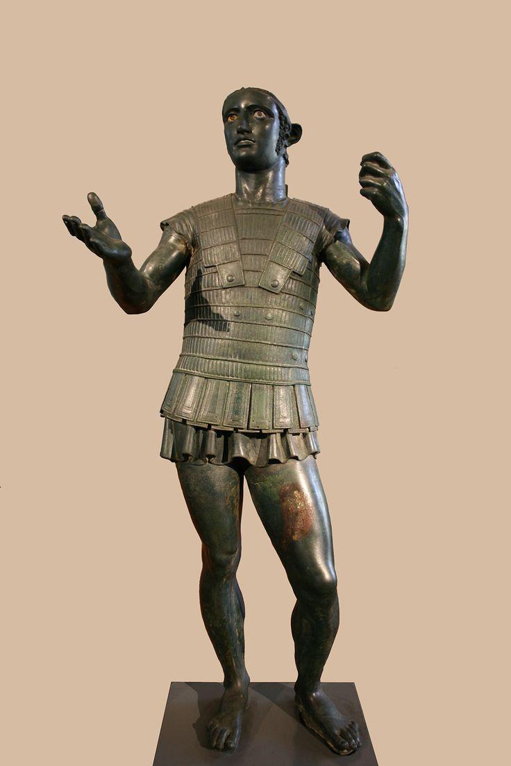 Воин из Тоди. Бронза. Первая половина IV в. до н.э.