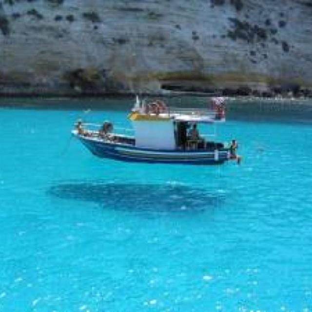 海が綺麗過ぎて船が浮いてみえる♡カリブ海