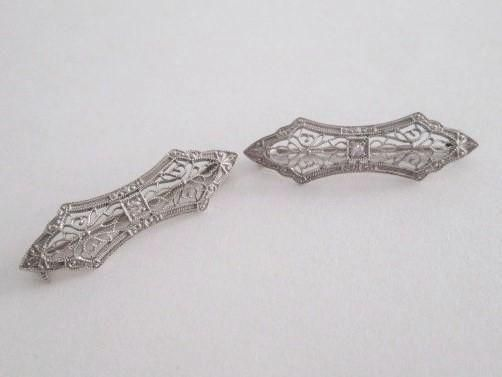 Pair antique Edwardian 14k white gold filigree lingerie lace pins. A beautiful jewelry offering. Pair of petite filigree lingerie or lace pins with
