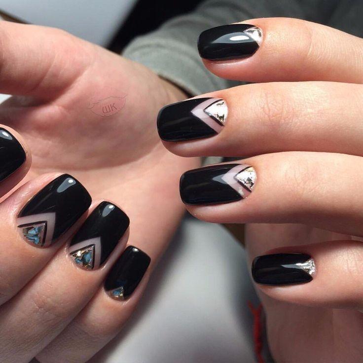 Beautiful black nails, Beautiful bright nails, Birthday nails, Evening nails by gel polish, Geometric nails, Geometric nails ideas, Gold nail art, Moon on the short nails