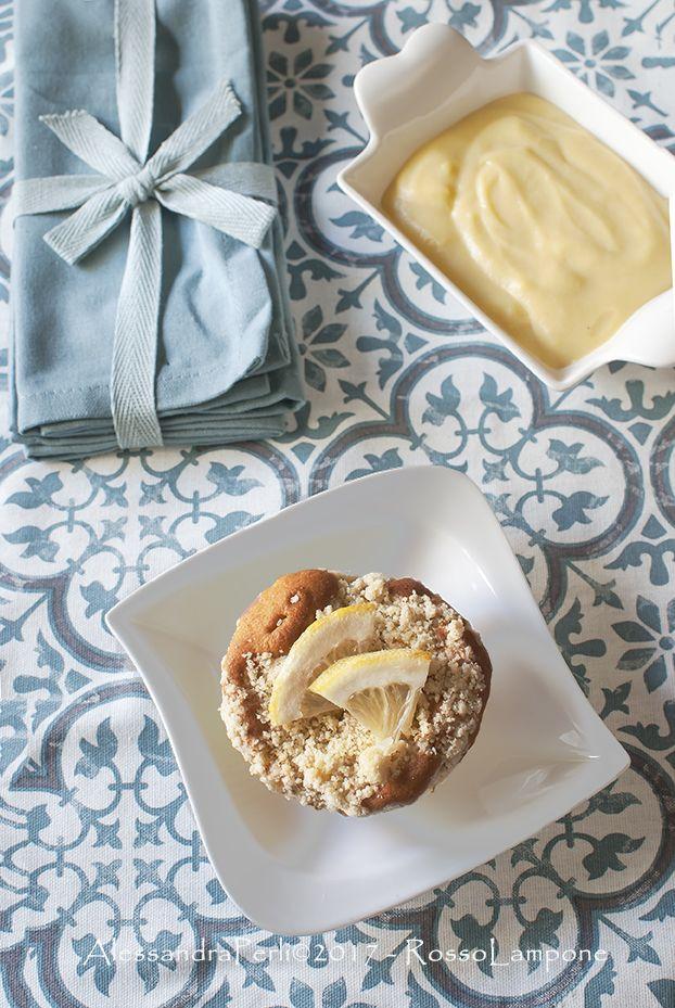 Il soffice scrigno di un muffin, svela un delizioso cuore morbido cremoso al limone, con una nota croccante e agrumata che profuma di cannella