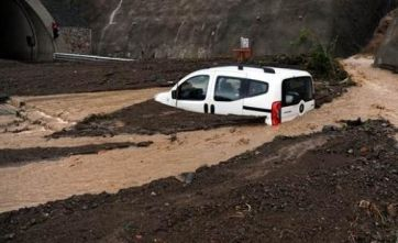Düzce'de sel baskını yaşandı.