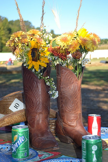 Vintage Cowgirl Birthday Party  threepixielane.blogspot.com: Centerpiece, Cowgirl Boots, Cowgirl Parties, Cowgirl Birthday Parties, Outdoor Parties, Parties Ideas, Cowboys Boots, Vintage Cowgirl, Flower