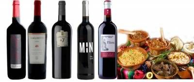Por supuesto todos los vinos pueden tomarse en cualquier estación del año,pero en invierno, con el frio, comemos platos más contundentes, con más contenido graso, más elaborados, como los platos de caza, (por cierto me encantan), guisados, recetas que llevan salsas, cocidos y un largo etc.Estos manjares también nos piden vinos igual de potentes, ma...