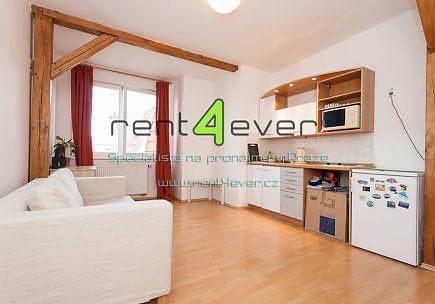 Pronájem bytu, Vršovice, Kozácká, 1+kk, 28 m2, garáž za příplatek, vestavěná skříň, zařízený, Rent4Ever.cz