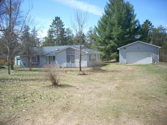 84,900 - Real estate home listing for 618 CAROLYN Harrison MI 48625, MLS #165438.  Explore local schools, neighborhood info, and Michigan homes for sale. #HarrisonMI