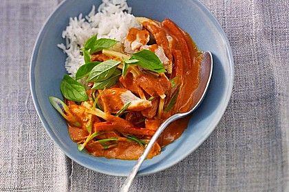Schnelles Thai-Curry mit Huhn, Paprika und Kokosmilch