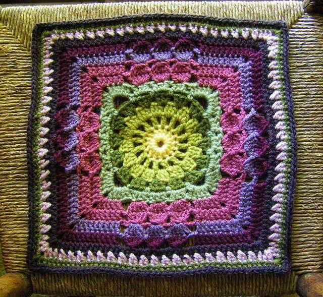 """Ravelry: Versailles 12"""" Square. Melinda Miller pattern. Free."""