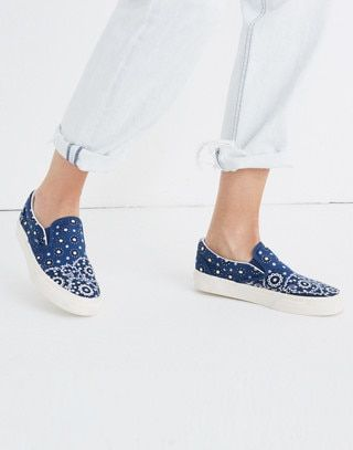 941b0ebc3d Madewell x Vans® Unisex Classic Slip-On Sneakers in Bandana Print in blue  bandana image 2