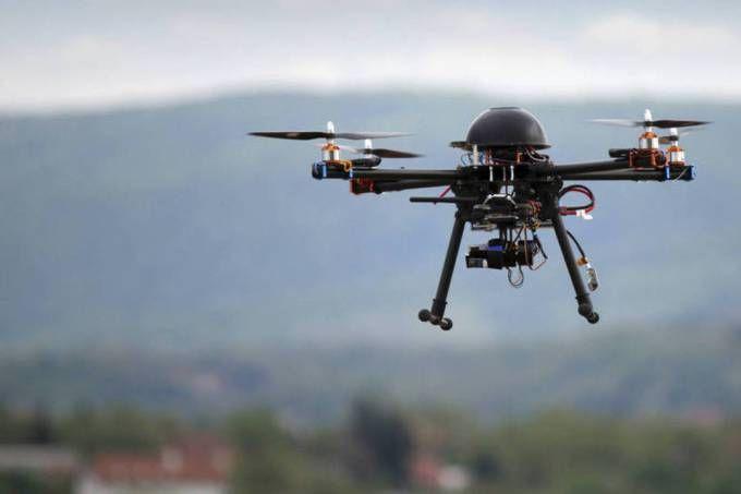 Governo restringe uso de drones em mais de 300 cidades  Autoridades irão fiscalizar operadores dos aparelhos