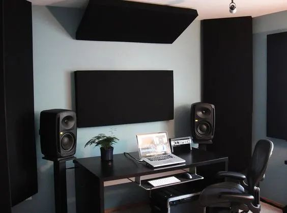 home studio Infamous Musician 151 Home Recording Studio Setup Ideas Home Recording Studio Setup, Home Studio Setup, Music Studio Room, Studio Desk, Sound Studio, Home Recording Studios, Audio Studio, Music Rooms, Setup Desk