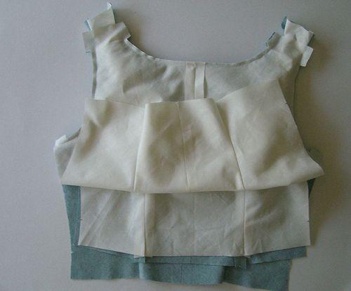 Comment doubler une robe sans manches ? Attention aux points sensibles :)