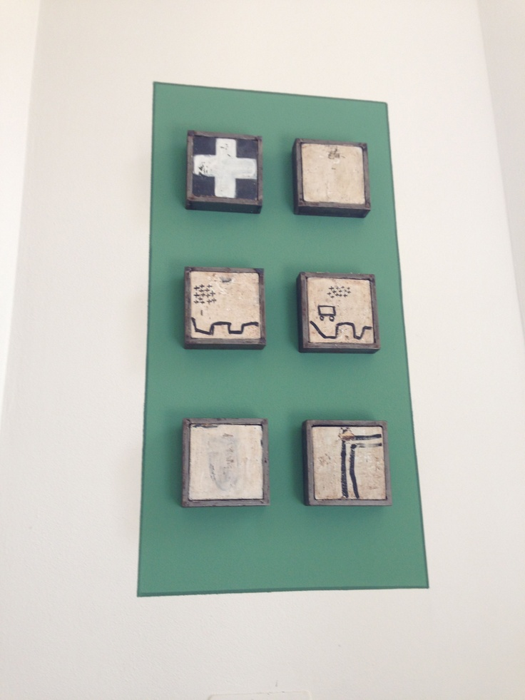 """G. Forte, """"Croci e Incroci"""" - 2011. Tempera su legno e carta, ferro, per le opere di un artista dalla componente etnica, voci e tracce di continenti e di popoli lontani. #art #lagomaggiore"""