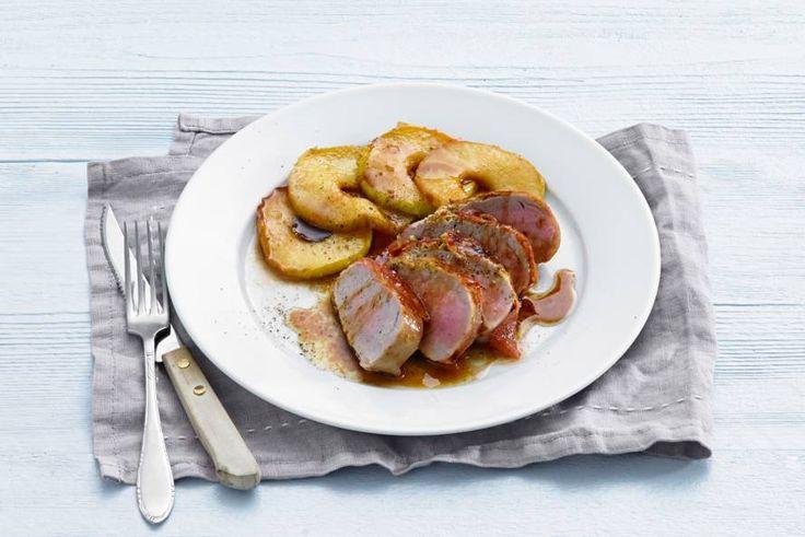 Kijk wat een lekker recept ik heb gevonden op Allerhande! Varkenshaasjes met gebakken appel