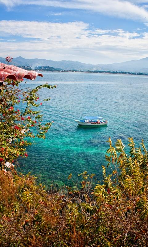 Paisajes de ensueños. La #IslaCoral, en Rincón de Guayabitos, #Nayarit, es uno de esos encantadores rinconcitos del #PacificoMexicano.