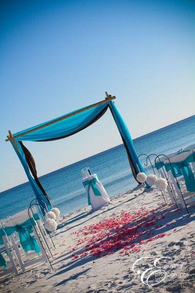 idées mariage turquoise blanc cérémonie laïque mariage sur la plage turquoise blanc arche carnet d'inspiration mariage mademoiselle cereza