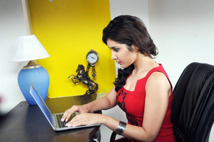 south actress rashi khanna latest HQ photos 11