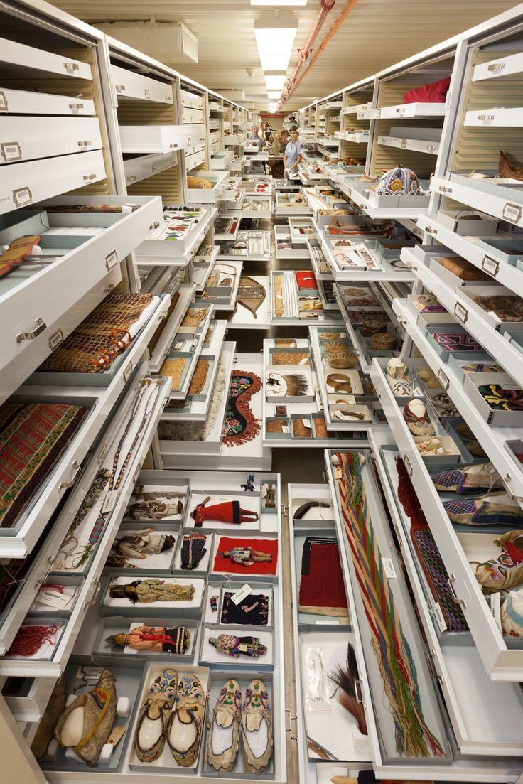 Harvard hgse computer tables flickr photo sharing - 12 Fotos Dos Bastidores De Um Dos Maiores Museus Do Mundo