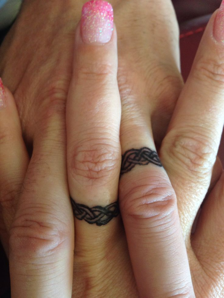 Tattoo wedding bands --> Just not that design... Not digging it.