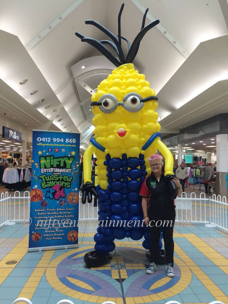 Nifty entertainment one in a minion epic balloon art build. Twisted balloons , balloon creations #qlinks. Kevin