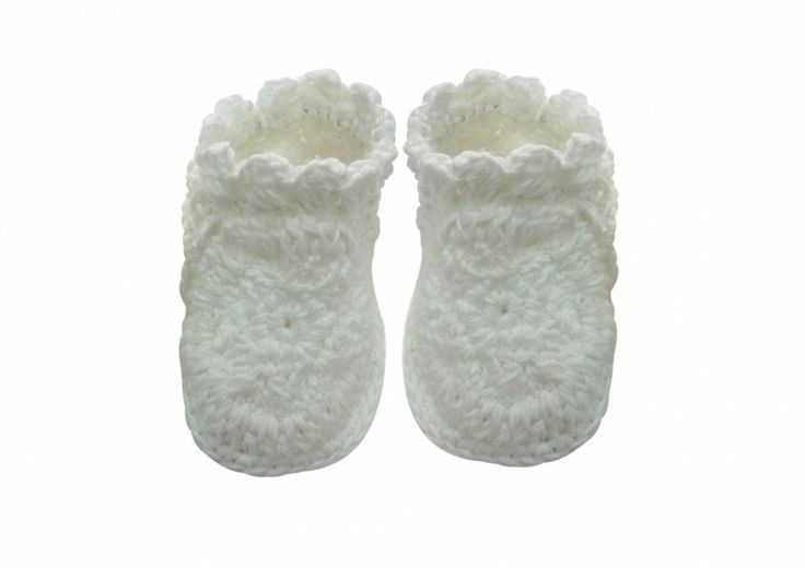 (http://www.notinthemalls.com/products/Crochet-Booties.html)