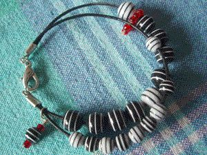 DIY Row Counter Bracelet - totally making this. THIS is exactly what I've been looking for.