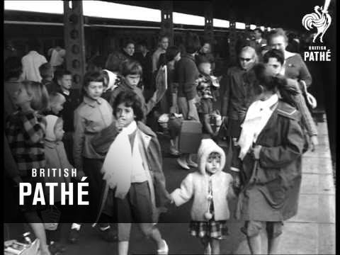 Europeans Arrive In Bulawayo From Belgian Congo (1960) - YouTube