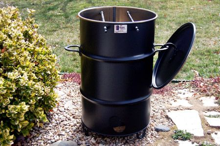 First Look: Pit Barrel Cooker (BBQ)