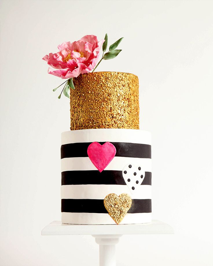 If you're feeling creative and have some time on your hands you can try to tackle a gorgeous cake! Not feeling quite up to the task? Take a Cakes in Full Bloom cake decorating ideas class.