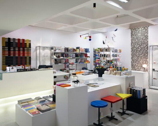 Chapter 24 bauhaus inspired showroom interior design for Replica bauhaus