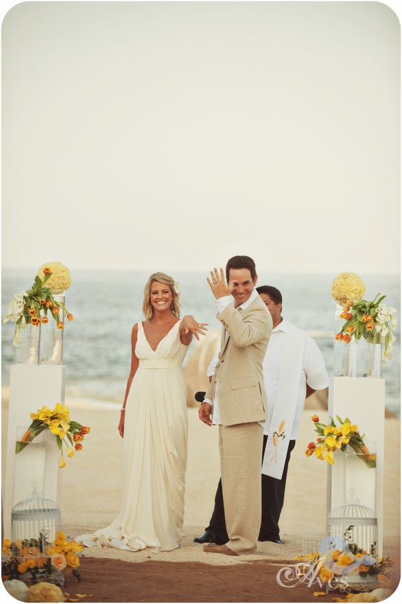Beach ceremony by Vivid Occasions