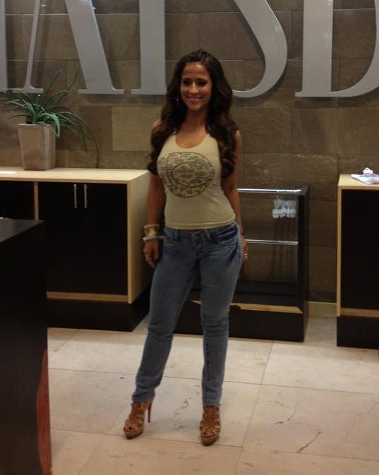 Jackie Guerrido women jeanJackie Guerrido Jeans
