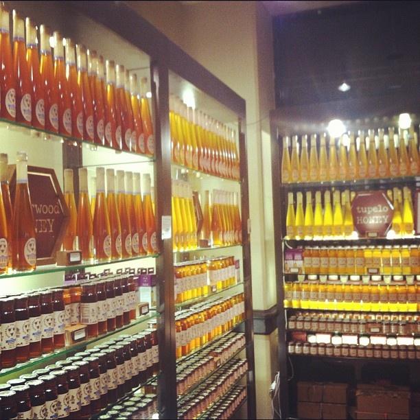 Honey Tasting at @Savannah Bee Company