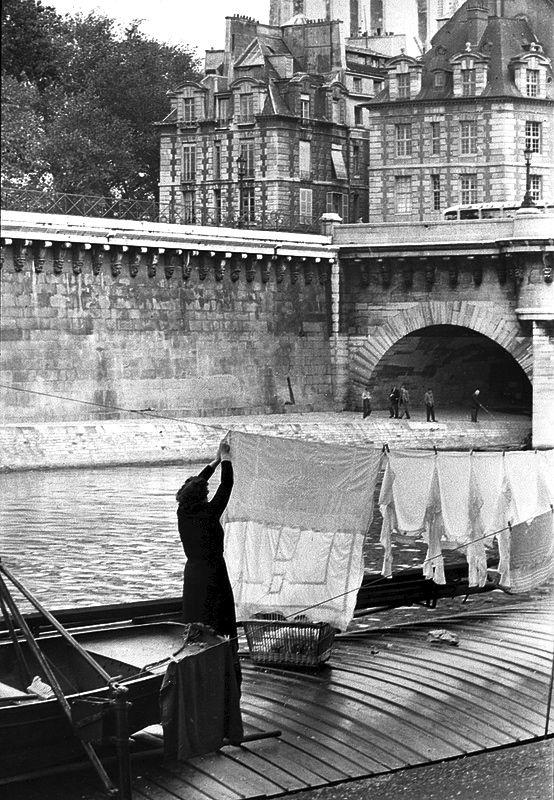 greeneyes55: Paris Photo: Henri Cartier-Bresson
