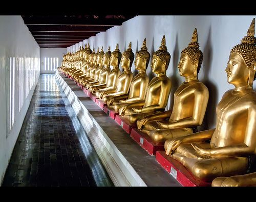 nice Buddha Line Up | Wat Phra Si Rattana Mahathat | Phitsanulok, Thailand