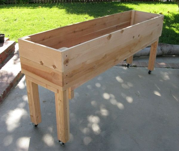 25 best ideas about garden planter boxes on pinterest for Garden planter plans