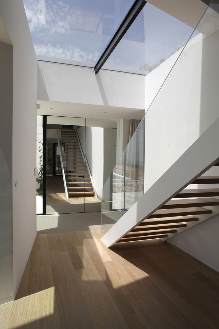 House design zen type - Glass And Stairs Zen House With A Staggering View Over The Old City In Dubvroknic