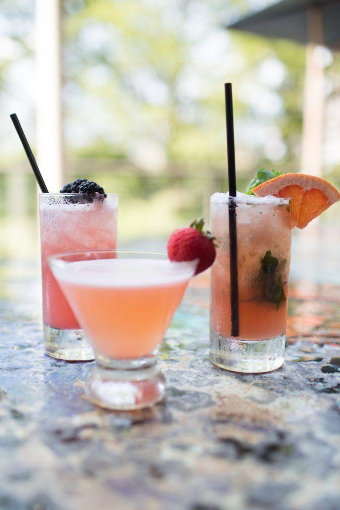 New Menu At Marker 10, The Hyatt Regency's Lakeside Restaurant // Austin, where to eat in austin, best food in austin, austin happy hour, best happy hour in austin, pink cocktails