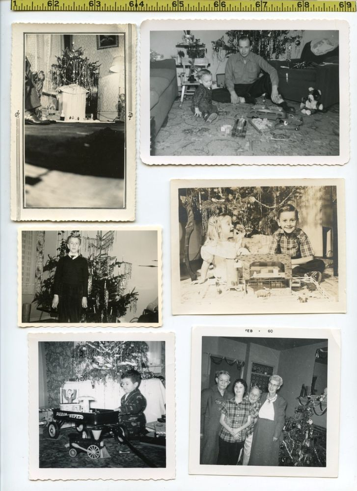 (28) Vintage photo lot / CHRISTMAS Trees & XMAS Presents - OLD SNAPSHOTS 1930-65
