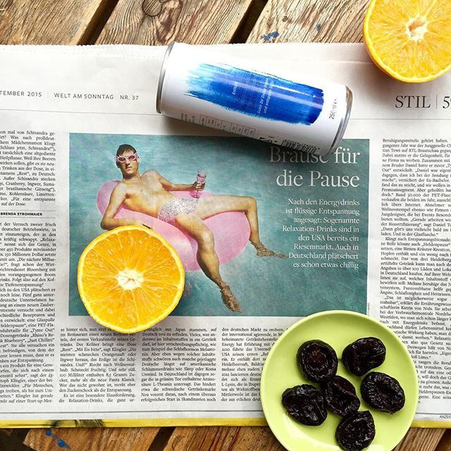 Yay ✌️ Article about us in 'Welt am Sonntag', one of the leading German newspapers. You can read the full article on restdrink.de/presse. We love the way she described our drink 'Smells like wellness holidays. Tastes fruity.'  #newspaper #WeltamSonntag #relaxedworld #relaxationdrink #fruity #entspanntewelt #Berlin #Zeitung #Presse #pause #schisandra #vegan #Beruhigung #Ernährung #entspannung #bionade #energydrink #getränkehersteller #schlummerdrink