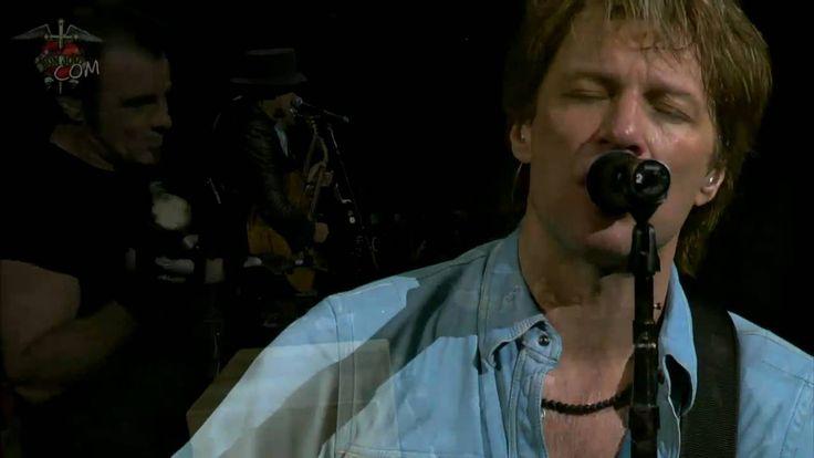 Bon Jovi Live – Saturday Night