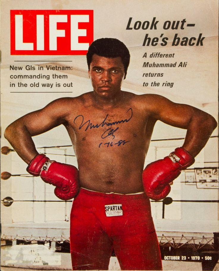 """1970 """"LIFE"""" magazine signed by Muhammad Ali"""